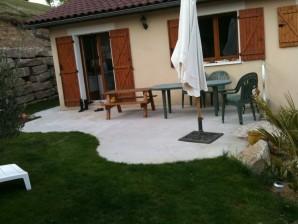 terrasse beton arrondie nos conseils. Black Bedroom Furniture Sets. Home Design Ideas