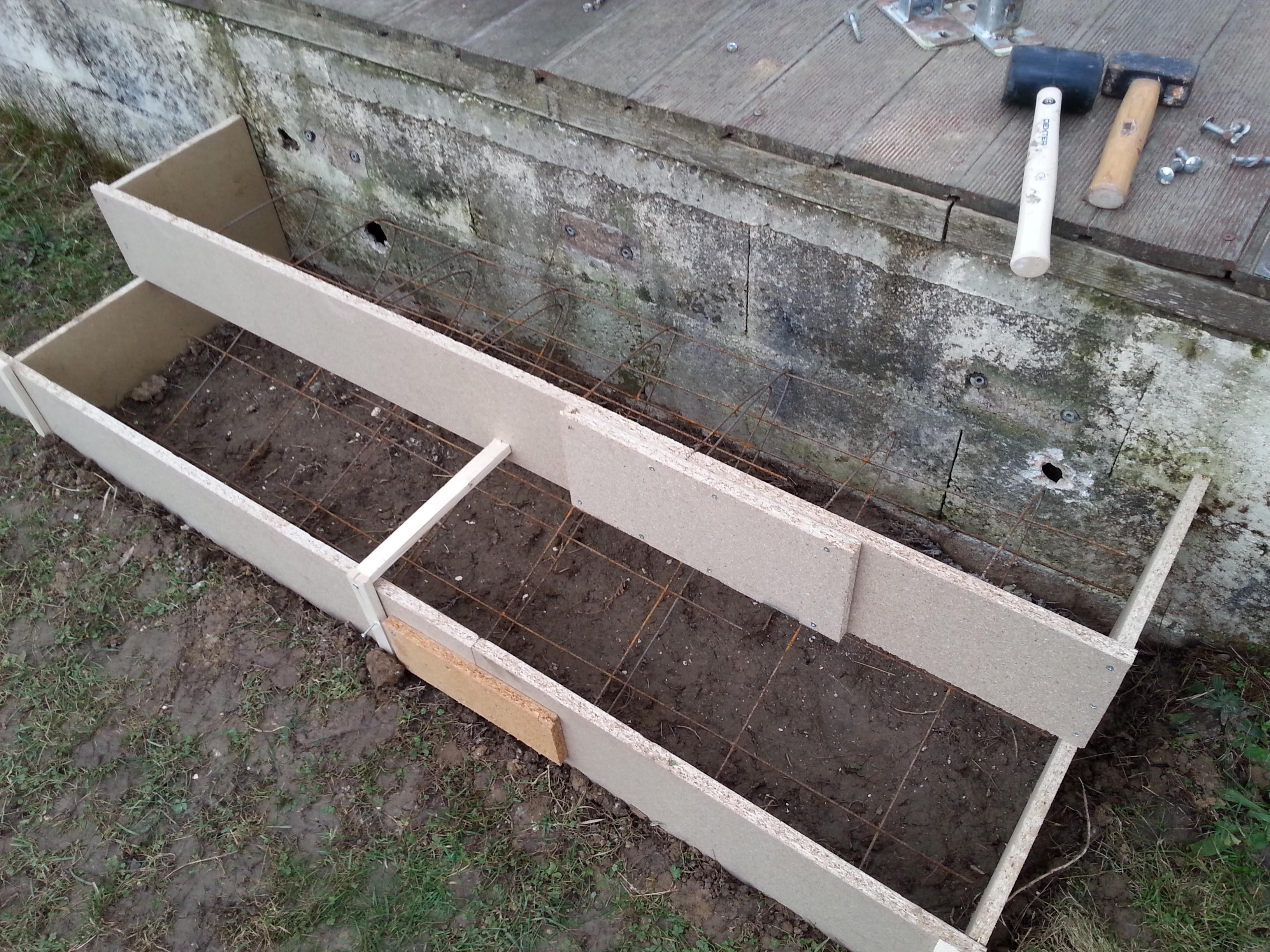 Terrasse beton avec marche id es de for Realiser une terrasse en beton