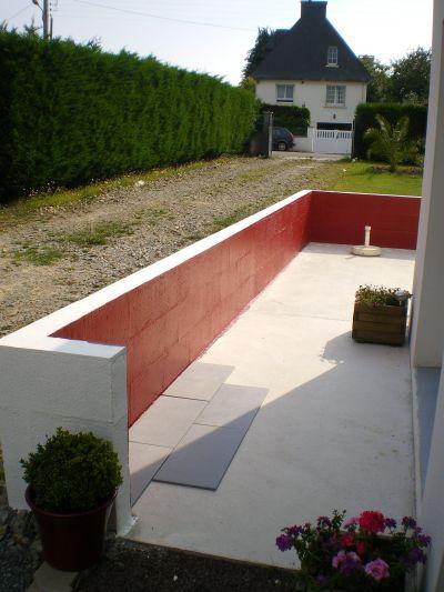 Terrasse beton avec muret nos conseils for Eclairage exterieur pour muret