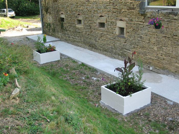 Terrasse beton cellulaire nos conseils - Jardiniere en parpaing ...