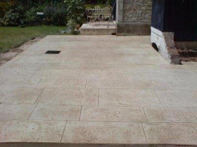 Terrasse beton imitation pierre nos conseils - Beton imitation pierre ...