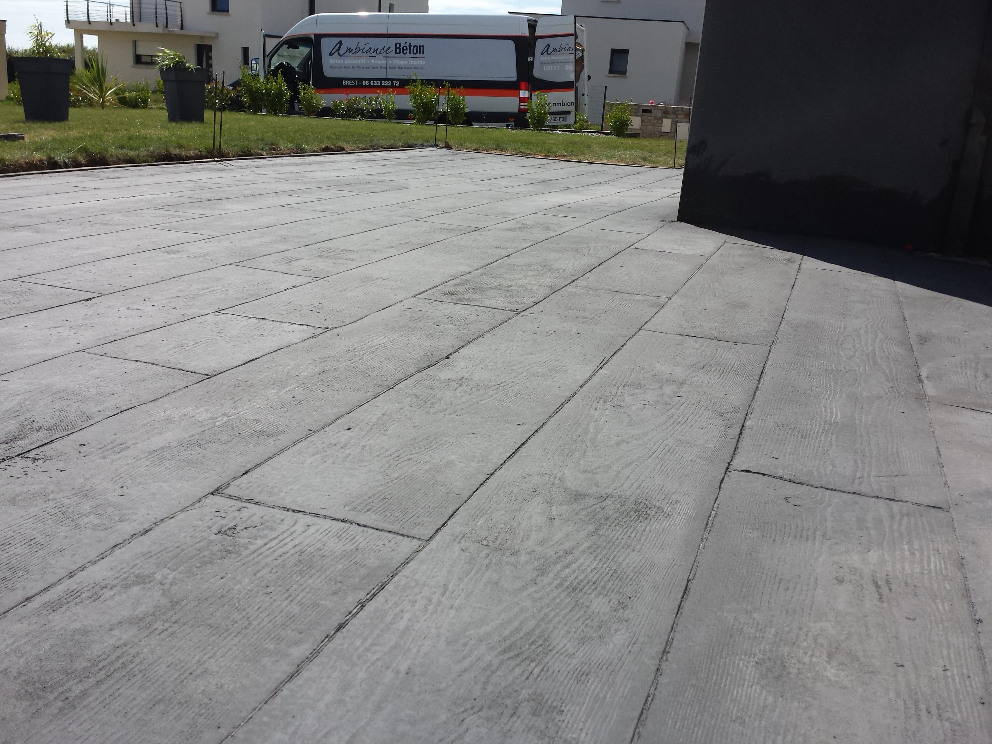 Terrasse beton imprime bretagne nos conseils - Beton decoratif exterieur prix ...