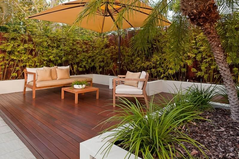 Terrasse bois 18m2 nos conseils - Amenagement petit jardin avec terrasse ...