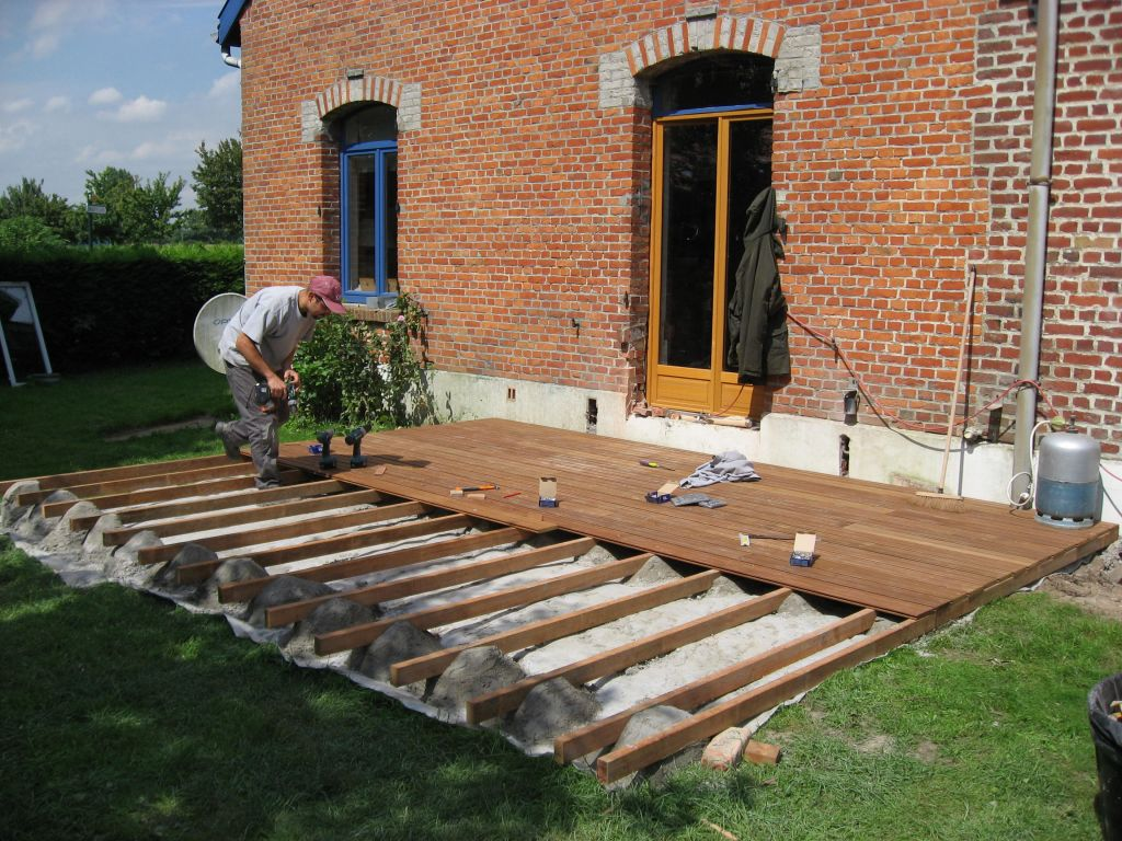 Terrasse bois 59 nos conseils for Plancher teck exterieur