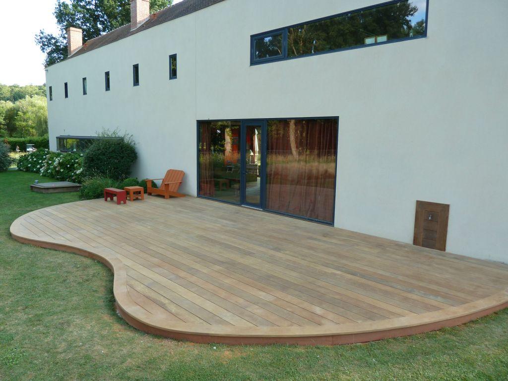 terrasse bois arrondie nos conseils. Black Bedroom Furniture Sets. Home Design Ideas