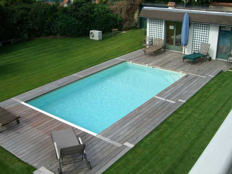 terrasse bois avec piscine nos conseils. Black Bedroom Furniture Sets. Home Design Ideas