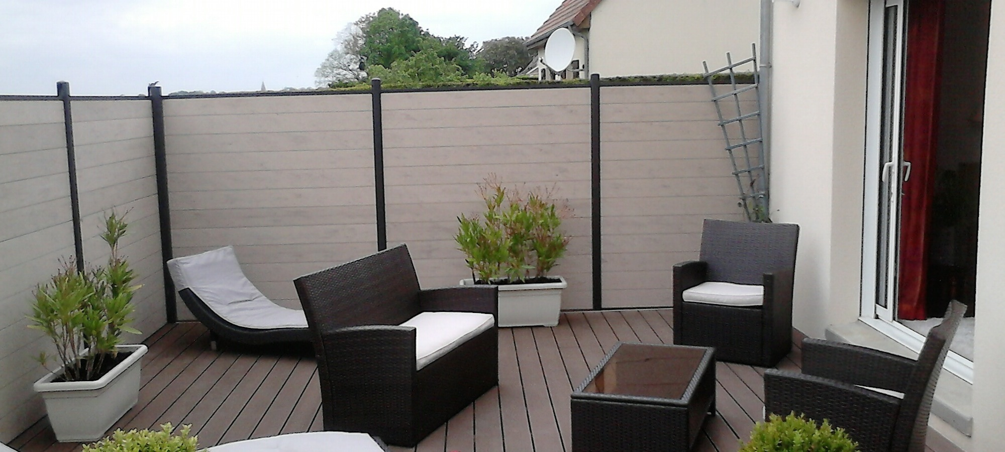 terrasse bois liege. Black Bedroom Furniture Sets. Home Design Ideas