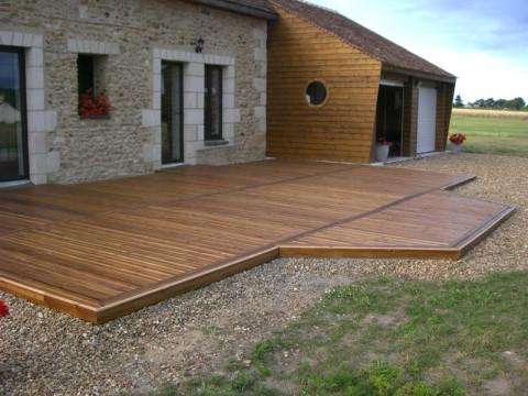 Terrasse bois douglas prix nos conseils for Prix d une terrasse bois