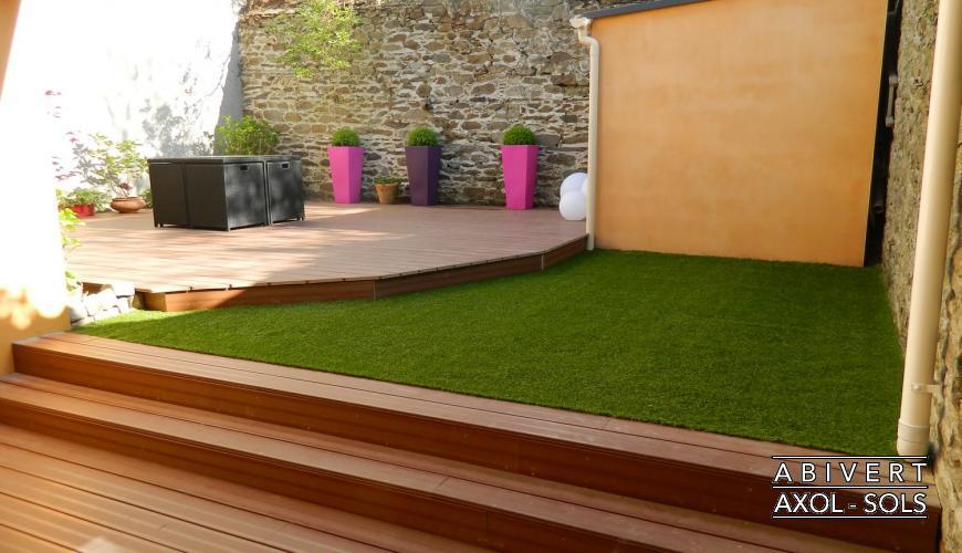 Souvent Terrasse bois gazon synthetique - Nos Conseils CA97