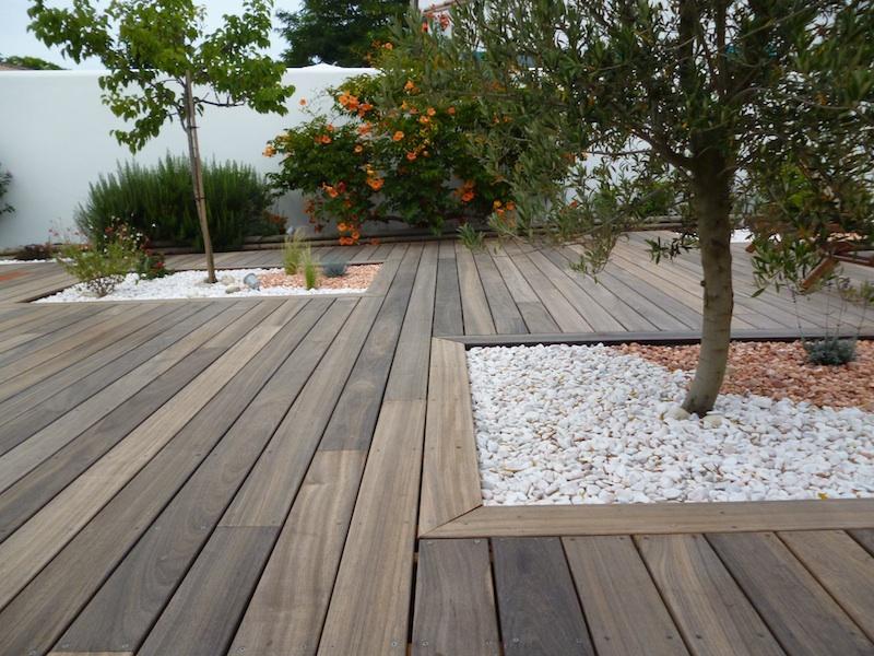 terrasse bois padouk nos conseils. Black Bedroom Furniture Sets. Home Design Ideas