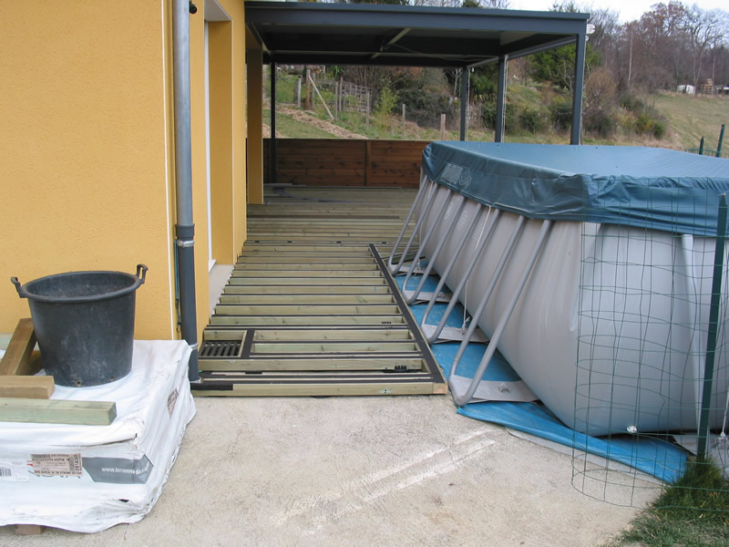 terrasse bois piscine autoportee nos conseils. Black Bedroom Furniture Sets. Home Design Ideas