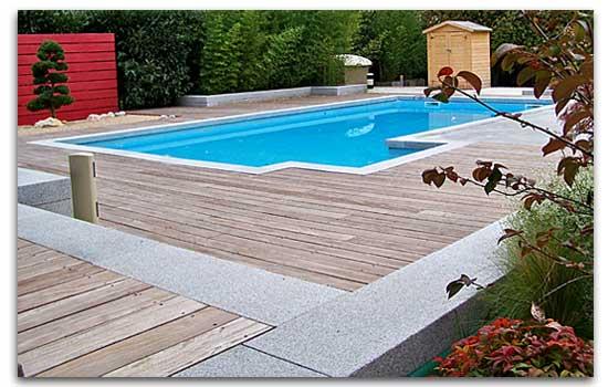 Terrasse bois piscine lyon for Piscine lyon