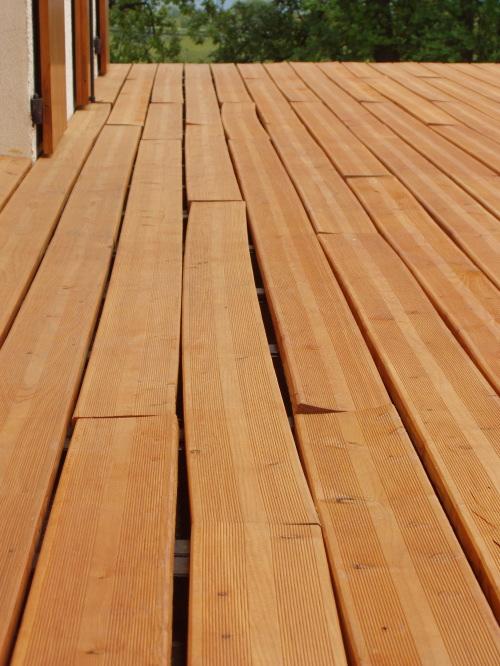 Terrasse bois qui travaille  Nos Conseils ~ Qui Travaille Le Bois