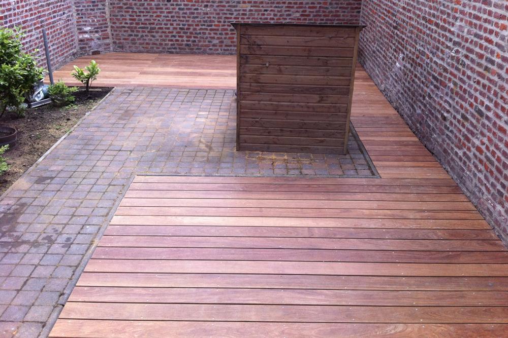 terrasse bois sur pave nos conseils. Black Bedroom Furniture Sets. Home Design Ideas