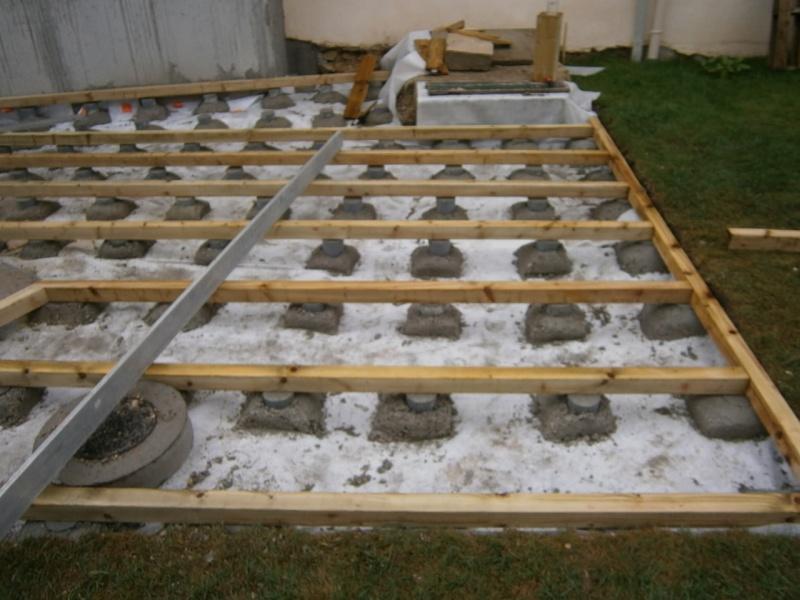 Terrasse bois sur plot beton nos conseils for Terrasse bois sur plot