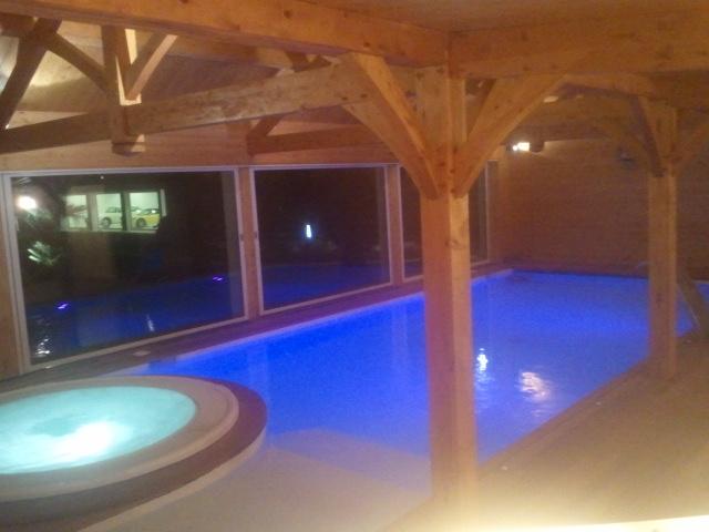 terrasse couverte maison bois piscine nos conseils. Black Bedroom Furniture Sets. Home Design Ideas