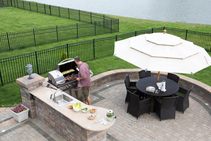 terrasse couverte permis construire nos conseils. Black Bedroom Furniture Sets. Home Design Ideas