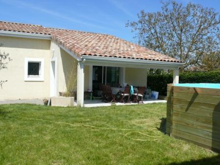 Maison sur pilotis permis de construire montage terrasse for Maison a construire 37
