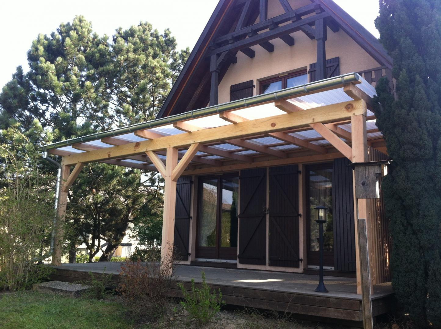 terrasse couverte plexiglas nos conseils. Black Bedroom Furniture Sets. Home Design Ideas