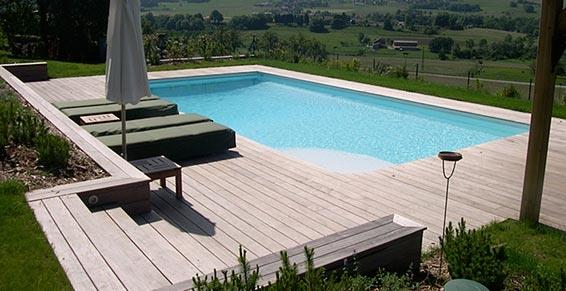 terrasse en bois avec piscine nos conseils. Black Bedroom Furniture Sets. Home Design Ideas