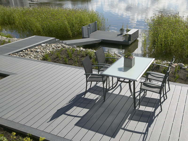 terrasse en bois composite gris nos conseils. Black Bedroom Furniture Sets. Home Design Ideas