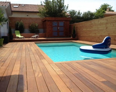 terrasse en bois contour piscine nos conseils. Black Bedroom Furniture Sets. Home Design Ideas