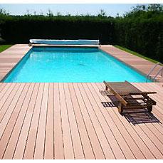 Terrasse en bois piscine nos conseils - Terrasse teck piscine ...
