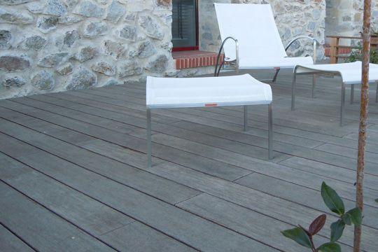 terrasse en carrelage effet bois nos conseils. Black Bedroom Furniture Sets. Home Design Ideas
