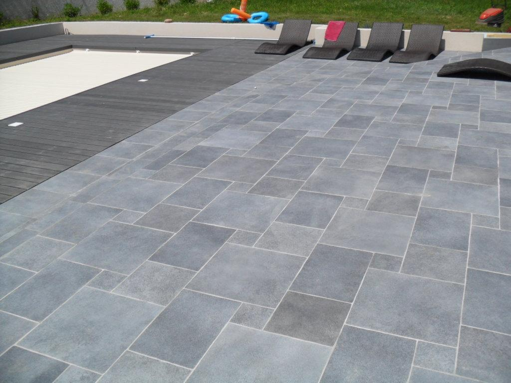 Carrelage exterieur en 28 images rev 234 tement for Carrelage terrasse pas cher