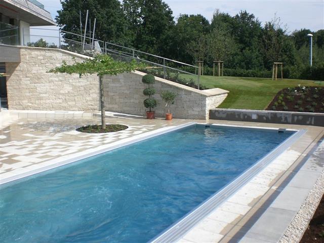 terrasse en piscine nos conseils. Black Bedroom Furniture Sets. Home Design Ideas