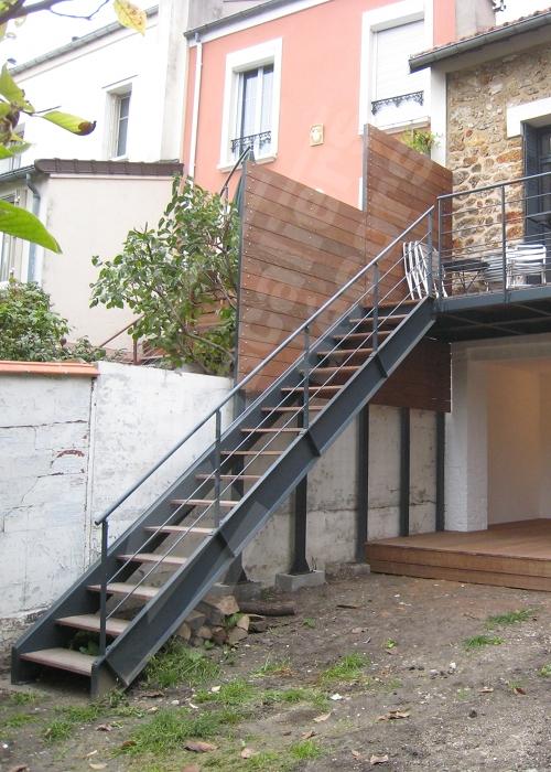terrasse exterieure metallique nos conseils. Black Bedroom Furniture Sets. Home Design Ideas