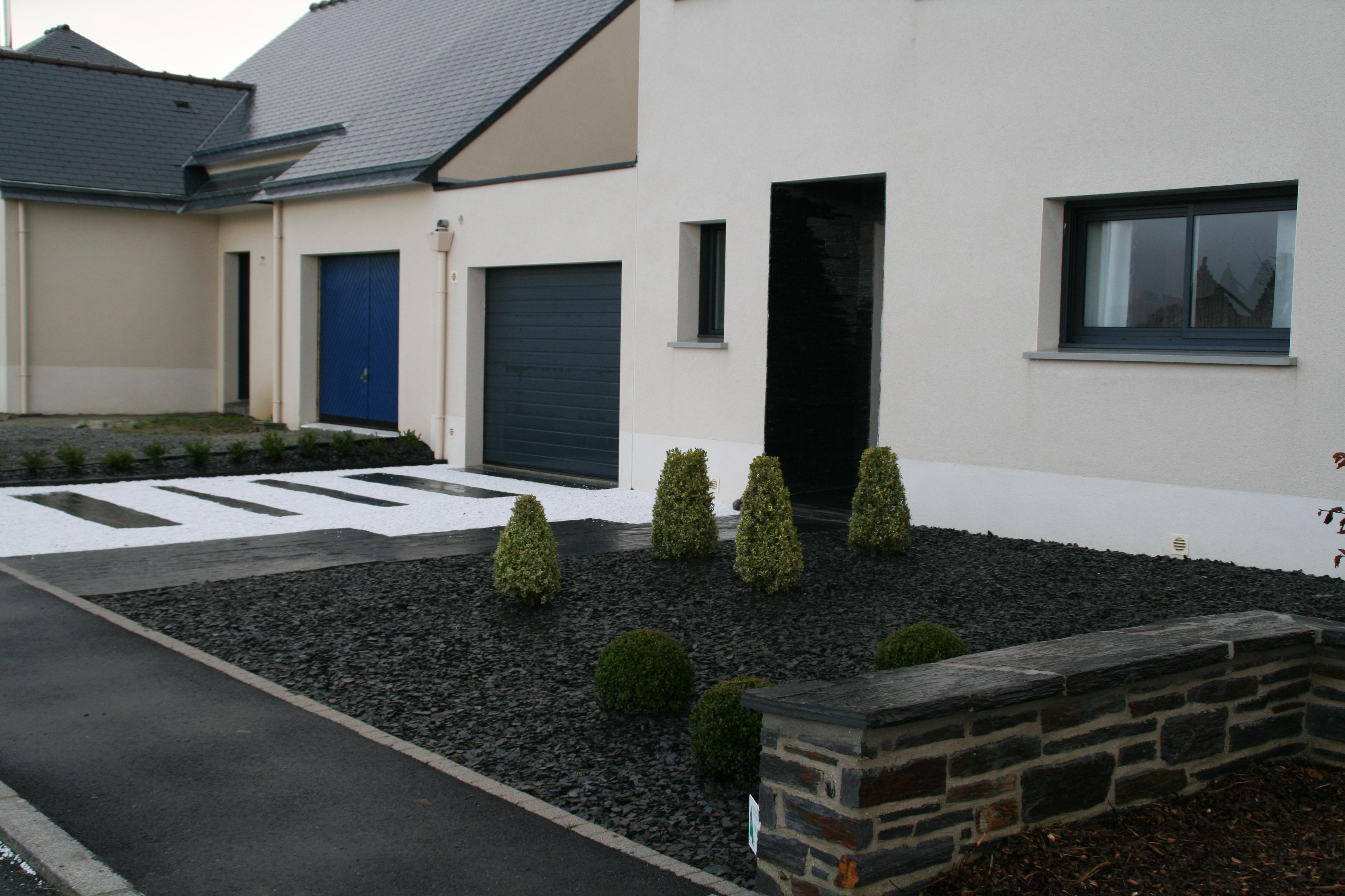 Terrasse gravier ardoise nos conseils - Deco de terrasse exterieur ...
