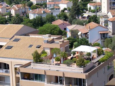 Amenager une terrasse d appartement photos de conception for Jardin interieur appartement