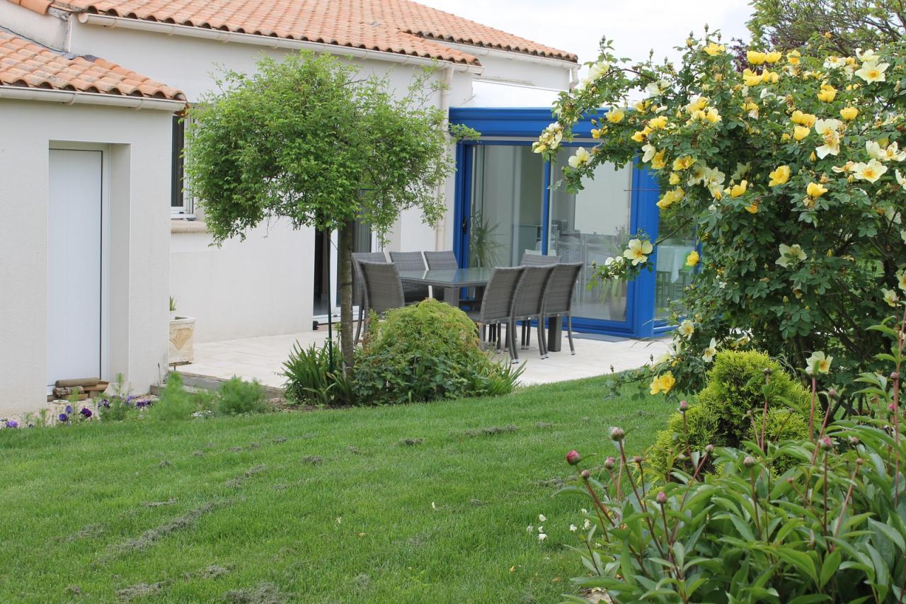 Stunning Terrasse Jardin Maison Ideas - House Interior ...