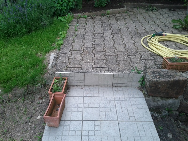 Terrasse pavee ou carrelage nos conseils for Carreler une terrasse exterieur