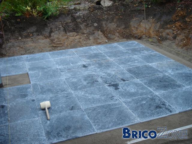 Terrasse pierre bleue joint nos conseils for Joint pierre exterieur terrasse