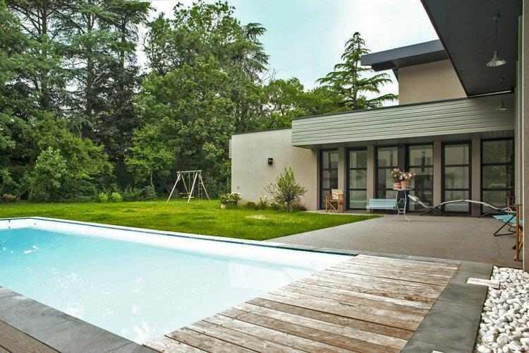 Terrasse piscine contemporaine - Nos Conseils