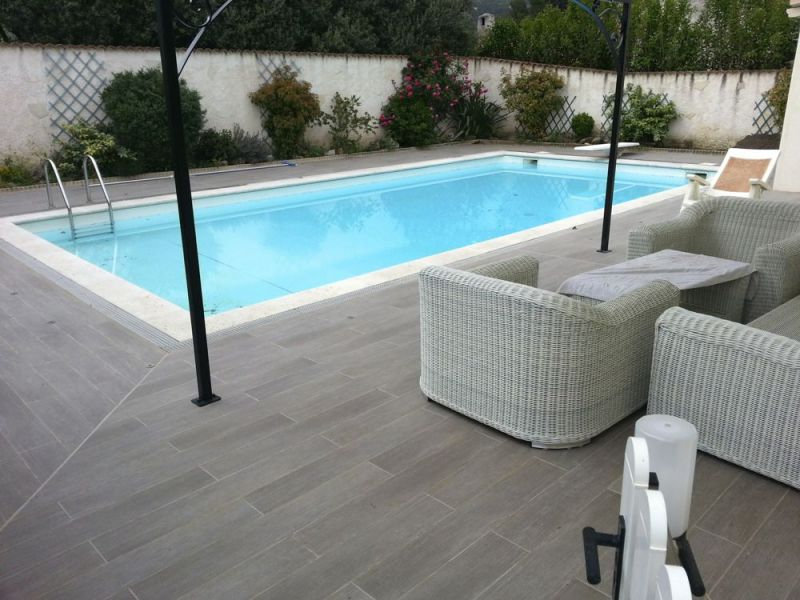 terrasse piscine dalle nos conseils. Black Bedroom Furniture Sets. Home Design Ideas