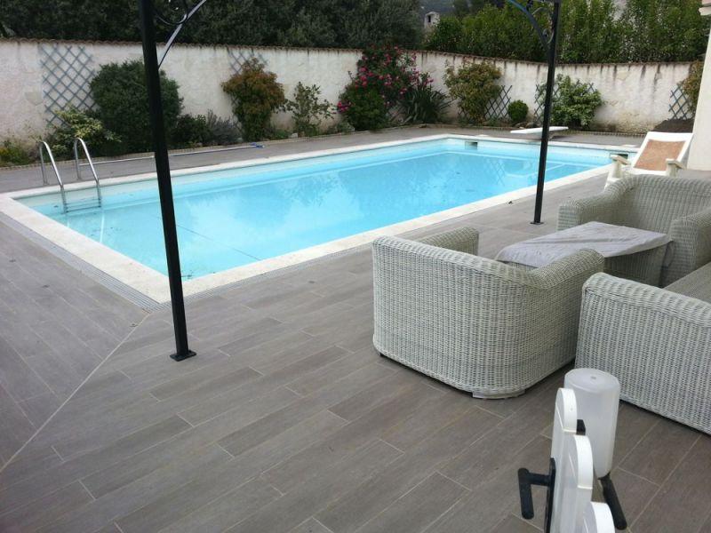 Terrasse piscine dalle nos conseils for Dalle piscine