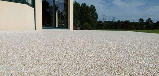 Terrasse resine quartz nos conseils for Revetement sol exterieur pas cher