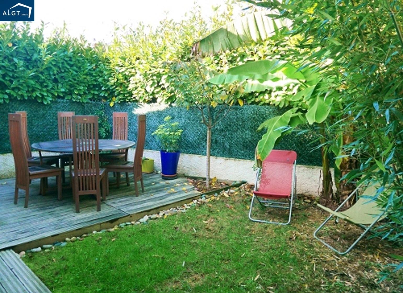 jardin vis a vis solutions pour se cacher duun vis vis. Black Bedroom Furniture Sets. Home Design Ideas